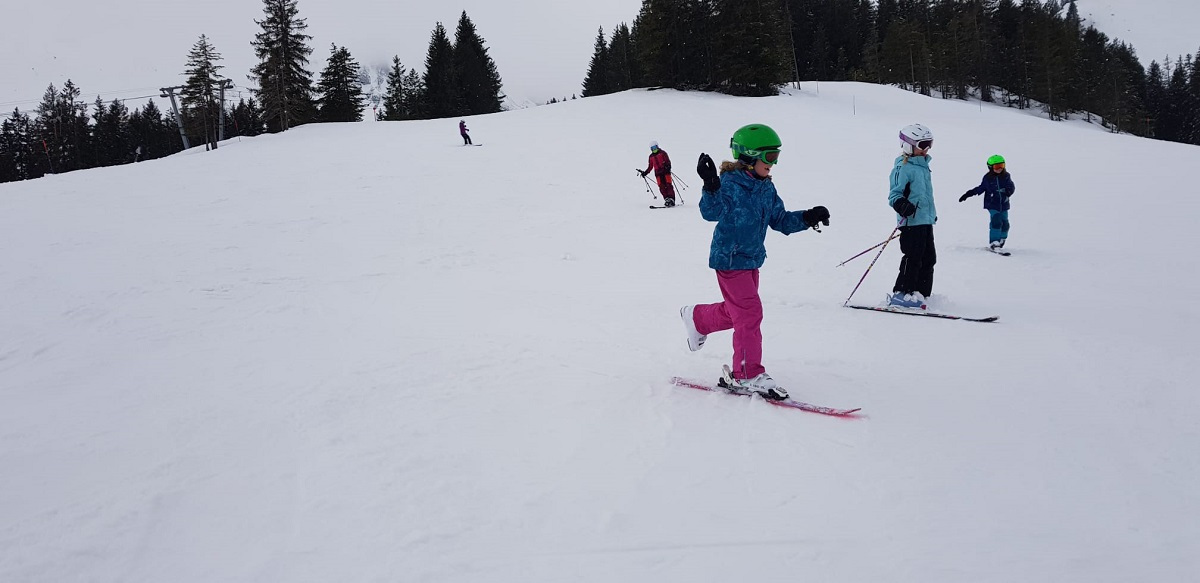 Schneesporttag-fuer-Gross-und-Klein_2