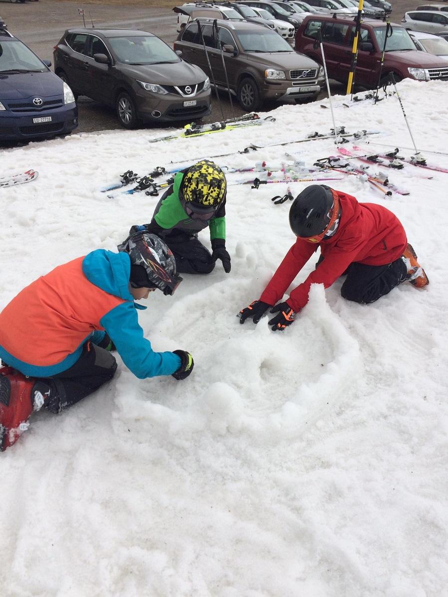 Schneesporttag-fuer-Gross-und-Klein_8
